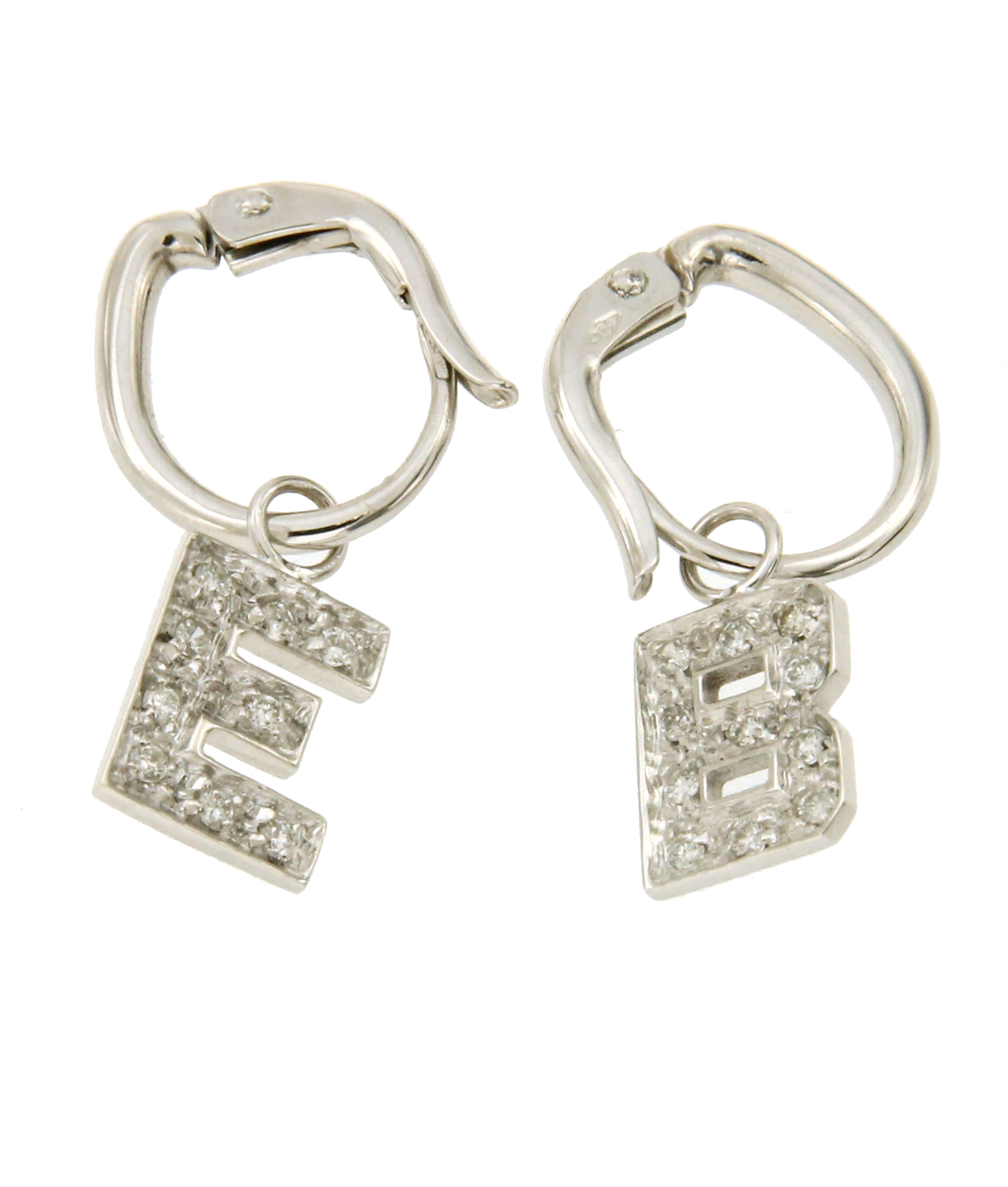 vestibilità classica 17269 74abe Orecchini con iniziali e diamanti
