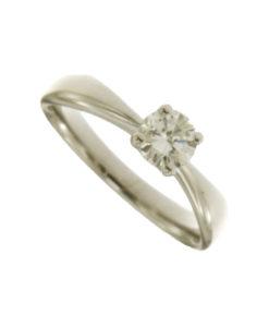 anello solitario in oro bianco con diamante n426